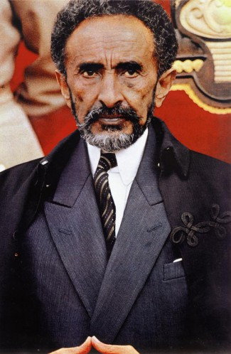 Haile_Selassie_in_suit_and_cloak_in_1960s