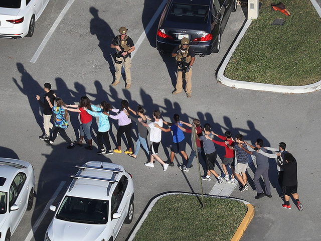 KNXV Florida school shooting_1518649543856.jpg_77931437_ver1.0_640_480.jpg